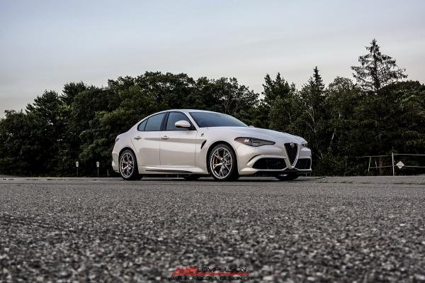 Showcase cover image for Chris@Eurocompulsion's 2017 Alfa Romeo Giulia QV