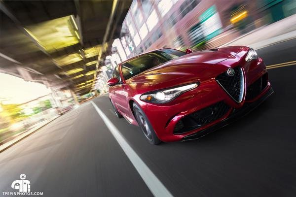 Showcase cover image for kanundrum's 2017 Alfa Romeo Giulia Quadrifoglio