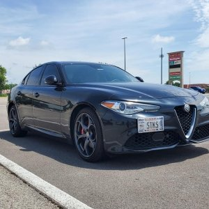 Giulia frnt pass angle with plate